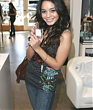 intuition-candids2006-02.jpg
